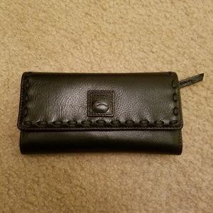 NWOT Dooney and Bourke Florentine Wallet
